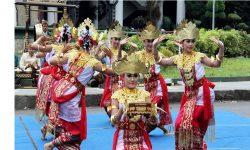 Tari Adat Lampung