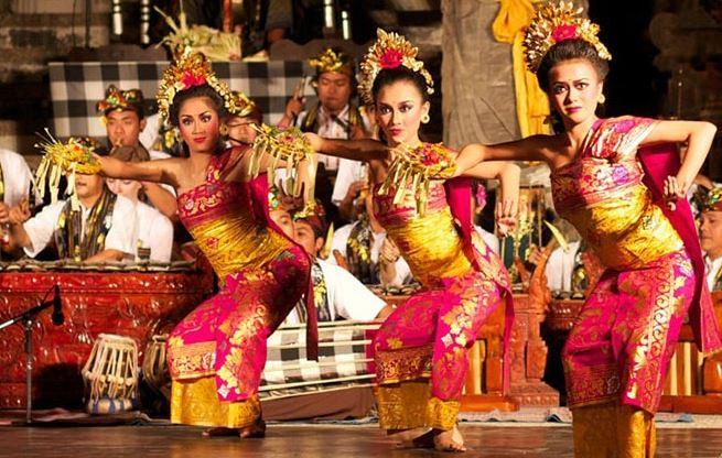 Tari Tradisional Bali